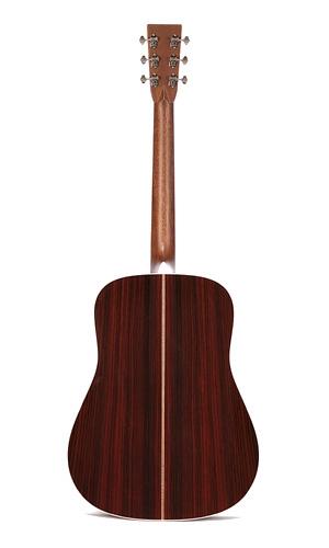 Martin Guitars HD-28V
